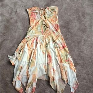Dresses & Skirts - Strapless summer dress